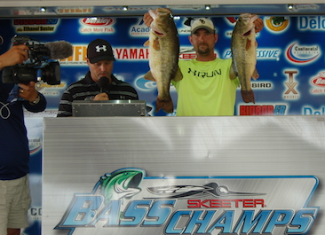 Jeff Rice goes solo to take home over $20,000 on Toledo Bend with 25.57 lbs.  Jason Bonds and James Mitchell win AOY title.