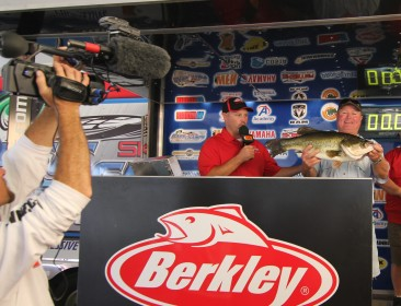 Robert Laird Sr. tops a record 791 anglers at the 7th annual Berkley Big Bass on Fork with a 10.24 and takes home a new Skeeter ZX 200 - Yamaha 200 SHO - Minn Kota - Humminbird.