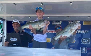 A Father's day to remember! Jeffrey & Kasen Piel (9 yrs old) win over $20,000 on Amistad with 19.43 lbs. Scheen & Harman Win AOY again.
