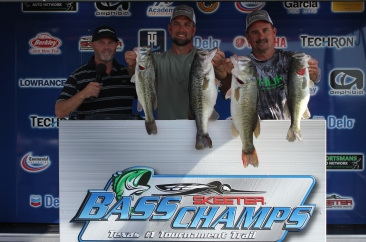 Boatright & Maxwell win over $20,000 on LBJ with 23.50. Beuershausen & Grounds win AOY title.