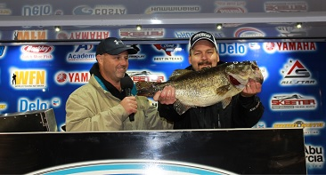 DeWayne Thomas of Ferris, TX tops 1623 Anglers with a 9.94 at the Ford Mega Bass presentd by Biobor and wins a new Ford F-150 plus a Skeeter ZX200 - Yamaha 200 SHO - Minn Kota - Humminbird package.