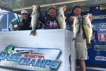 Aaron Walker & Steven Stroman win over $20,000 with 29.87 at Ray Roberts slugfest.  Barnett & Clark win AOY in the North