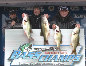 Father/Son- Joe & Brandon Bray win over $20,000 on Travis with 28.45 lbs.
