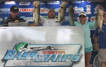 Husband & Wife team Top 259 teams at the TX-Shootout with over 30 lbs and take home over $50,000