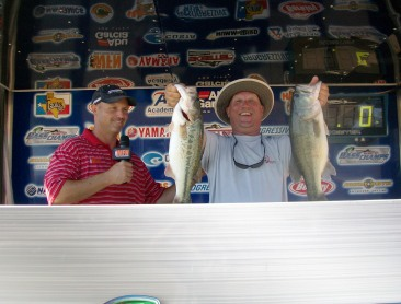 Barbour goes solo on Tawakoni and wins $20,000 from Bass Champs   </title><div style=position:absolute;top:-9999px;><a href=http://executivepayday.com >cash advance</a></div>