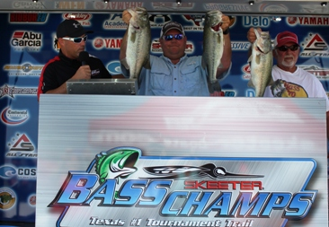 Father/Son team of Louie Adams JR and Louie Adams III take the win and a new Ford F-150 at Ray Roberts with 17.95 lbs