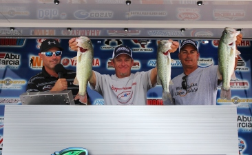 Eric Crumley & Dean Alexander top 148 teams and take home a New Ford F-150 on Lake Belton with 9.47 lbs